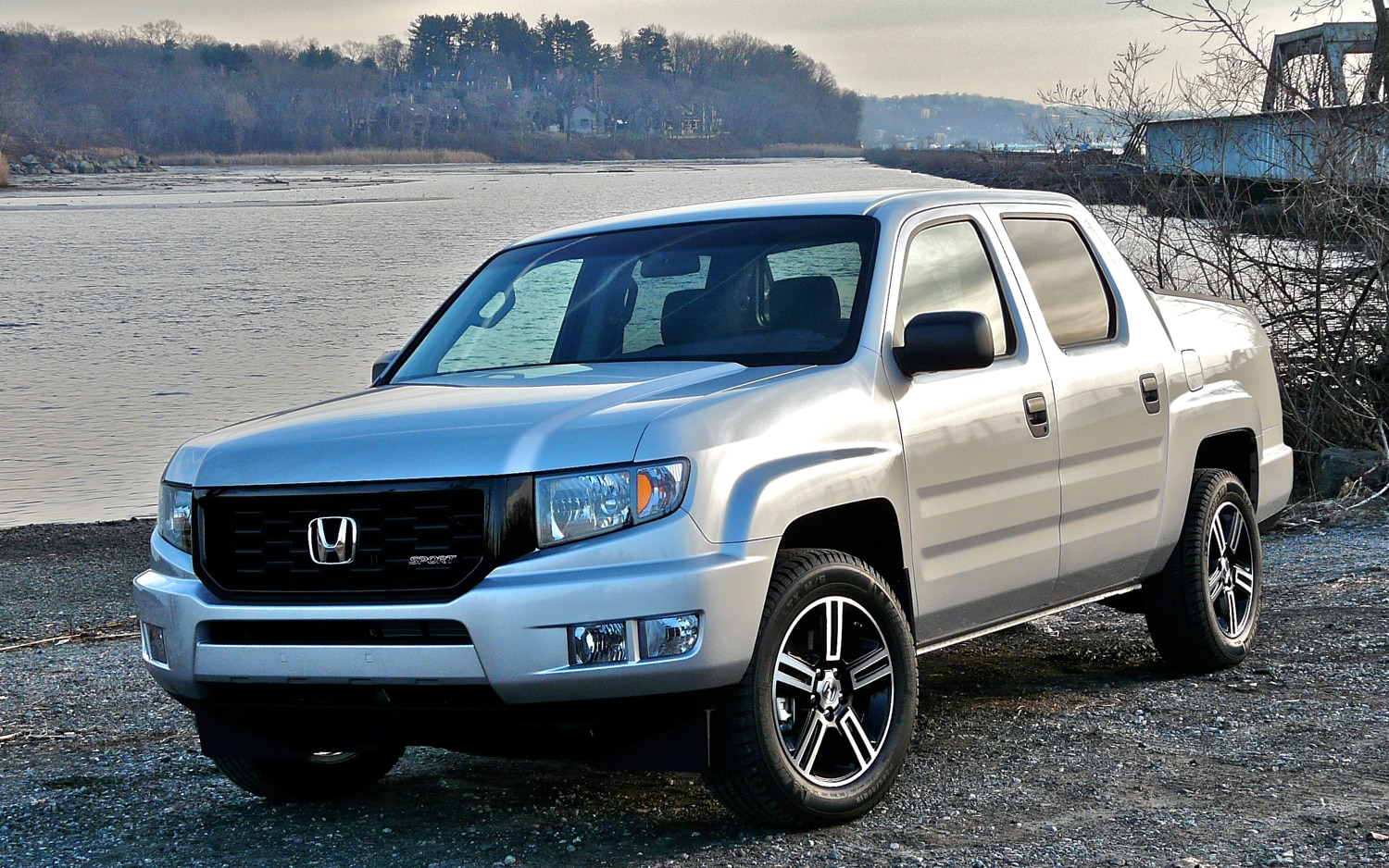 2012 Honda Ridgeline Sport Front Left Side View1
